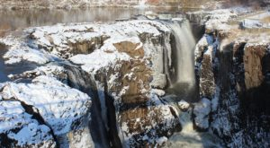 Your Kids Will Love This Easy 1-Mile Waterfall Hike Right Here In New Jersey