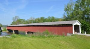 9 Undeniable Reasons To Visit The Oldest And Longest Covered Bridge In Indiana