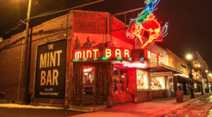 The Quirkiest Bar In Wyoming Is Unlike Anything You've Ever Seen