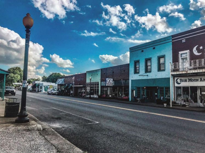 Hazel, Kentucky Is The Best Antiquing Town In The Country