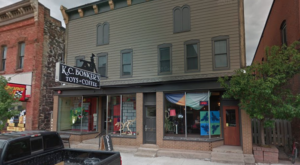 The Toy Shop Cafe In Michigan That's Fun For The Whole Family