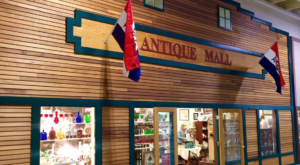 You Could Easily Spend All Weekend At This Enormous North Dakota Antique Mall