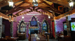 The Charming Irish Pub In Minnesota That Looks Like A Medieval Castle WIll Enchant You Beyond Words