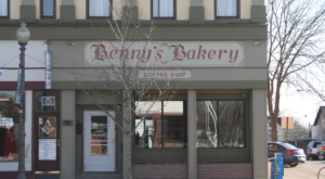 The Hometown Pretzel Bakery In Michigan Where You'll Find Hand-Twisted Deliciousness