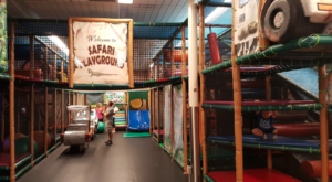 The Safari-Themed Indoor Playground In Michigan That's Insanely Fun