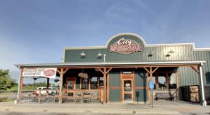 This Award-Winning Cincinnati Restaurant Serves The Best BBQ Sandwiches In The Midwest