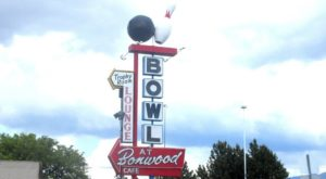 You'll Go Right Back To The 1950s At This Classic Utah Bowling Alley