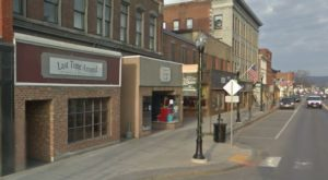 This Itty Bitty Vermont City Is Actually One Of The Best Antiquing Towns In The Country