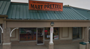 The Hometown Pretzel Bakery In New Jersey Where You'll Find Hand-Twisted Deliciousness