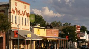 Take This Antique Shop And Restaurant Trail Through One Of Texas' Most Charming Small Towns