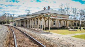 This Historic South Carolina Train Depot Is Now A Beautiful Restaurant Right On The Tracks