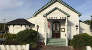 This Restaurant In South Carolina Used To Be A Church And You'll Want To Visit