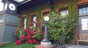 Step Back Into 1910 At This Historic Oregon Restaurant Located In A Train Depot