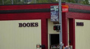 The Largest Independent Used Bookstore In Washington Has More Than 500,000 Books