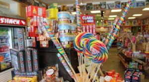 This Colorful Candy Store In Ohio With Thousands Of Sweets Is Almost Too Good To Be True