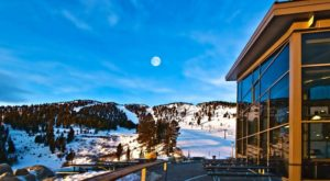 The Incredible Cliffside Restaurant In Nevada That Will Make Your Stomach Drop