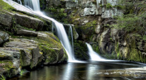 10 Brief But Beautiful Waterfall Hikes In Connecticut That You Can Take In Under One Hour