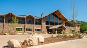 There's A Breathtaking Hotel Tucked Away Inside Of This Missouri State Park