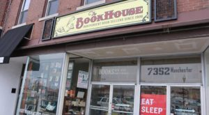 The Largest Independent Bookstore In Missouri Has More Than 350,000 Books