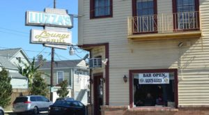 The BBQ Shrimp Po'Boy At This Legendary Tavern In New Orleans Is What Dreams Are Made Of