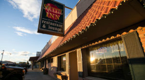 This Old School Eatery In Washington Will Serve You The Best Prime Rib Of Your Life