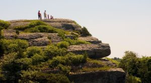 The Magnificent Overlook In Rhode Island That's Worthy Of A Little Adventure