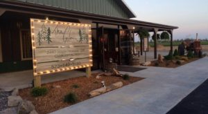 This Missouri Restaurant Way Out In The Boonies Is A Deliciously Fun Place To Have A Meal