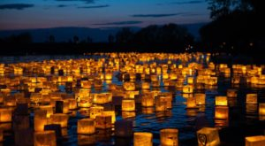 The Water Lantern Festival In Kansas That's A Night Of Pure Magic