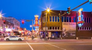 Here Are The 8 Most Iconic Bars In All Of Tennessee