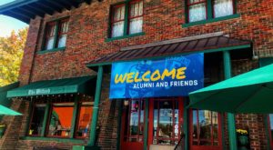 This Historic Hoosier Restaurant Gives You An Authentic Antique Dining Experience