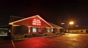 The Iconic Alabama Restaurant That Ships Its Famous BBQ All Across America