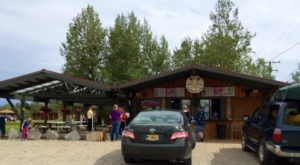 This Restaurant With Curbside Service In Alaska Will Remind You Of The Good Old Days