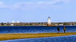 This Tiny Peninsula Park In Rhode Island Is An Underrated Treasure