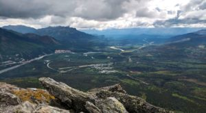 The Magnificent Overlook In Alaska That's Worthy Of A Little Adventure