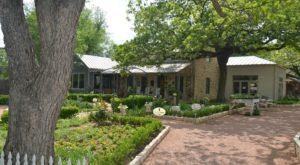 Spend The Night At This Relaxing Herb Farm Near Austin For An Unforgettable Experience