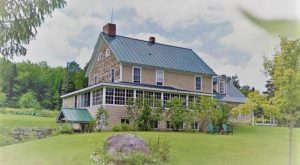 There's A Breathtaking Hotel Tucked Away Inside Of This Vermont State Park