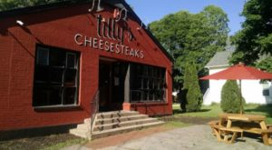 The Humble Little Restaurant Rhode Islanders Are Quietly Obsessed With