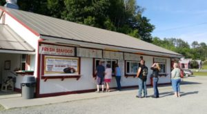 This Tiny Drive-In May Just Be The Best Kept Secret In Vermont