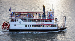 There's A Sunset BBQ Cruise Happening In South Carolina And It's As Delicious As It Sounds