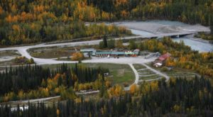 This Historic Alaskan Roadhouse Sits On The Edge Of The Wilderness