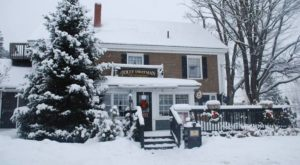 Everything Is Jolly At This British Pub Hiding In A Rural Maine Inn