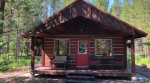 The Cozy Montana Cabins With A National Park In Their Backyard
