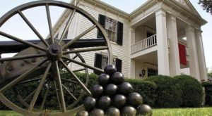 History Buffs Will Love This Civil War-Themed Tour Just Outside Of Nashville