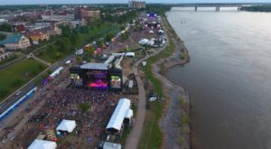 This Annual Tennessee Festival Takes Place Right On The Mississippi River