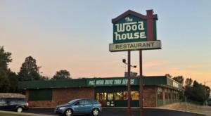 This Old-School North Dakota Restaurant Serves Chicken Dinners To Die For
