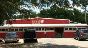 Your Taste Buds Will Squeal With Delight At This Pig-Themed Barbecue Joint In Texas