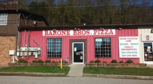 This Unassuming Roadside Pizza Joint In West Virginia Is A Delicious Hidden Gem