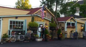 This Hidden Virginia Restaurant Looks Like Something From A European Village
