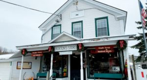 7 Vermont Country Stores And Markets Where You'll Find The Best Homemade Goods