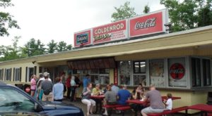 The Old Fashioned Drive-In Restaurant In New Hampshire That Hasn't Changed In Decades